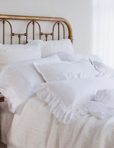 ST GENEVE luxury linens at Boutique SAFRAN
